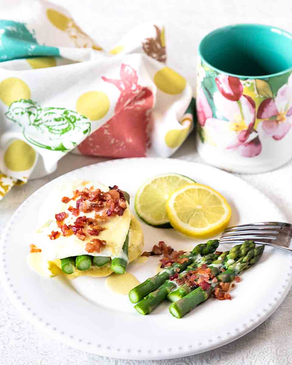 Making Eggs Benedict with Asparagus is easy, especially with these tips. Plus, it has a serving of veggies for a special breakfast or brunch any day!