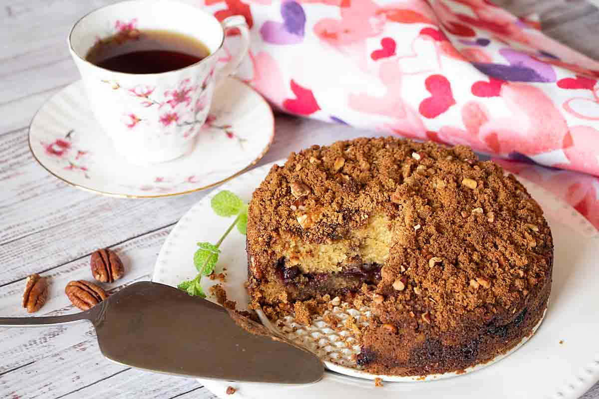 With sweet cherries & crunchy cinnamon streusel, Door County Cherry Coffee Cake is perfect for a holiday brunch, special breakfast or snack.