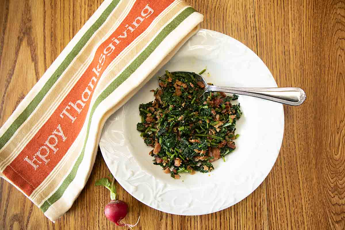 With a rich smoky flavor, smoky radish greens is an easy, tasty vegetable side, flavored with bacon and smoked paprika. A 5-ingredient recipe!